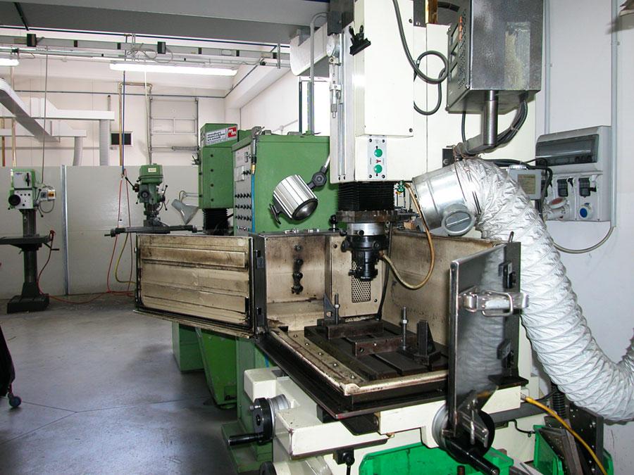 Progettazione - Officina Meccanica - Santoni Stampaggio 99a86dbd16f